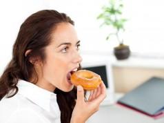 Συναισθηματική πείνα και κατανάλωση φαγητού